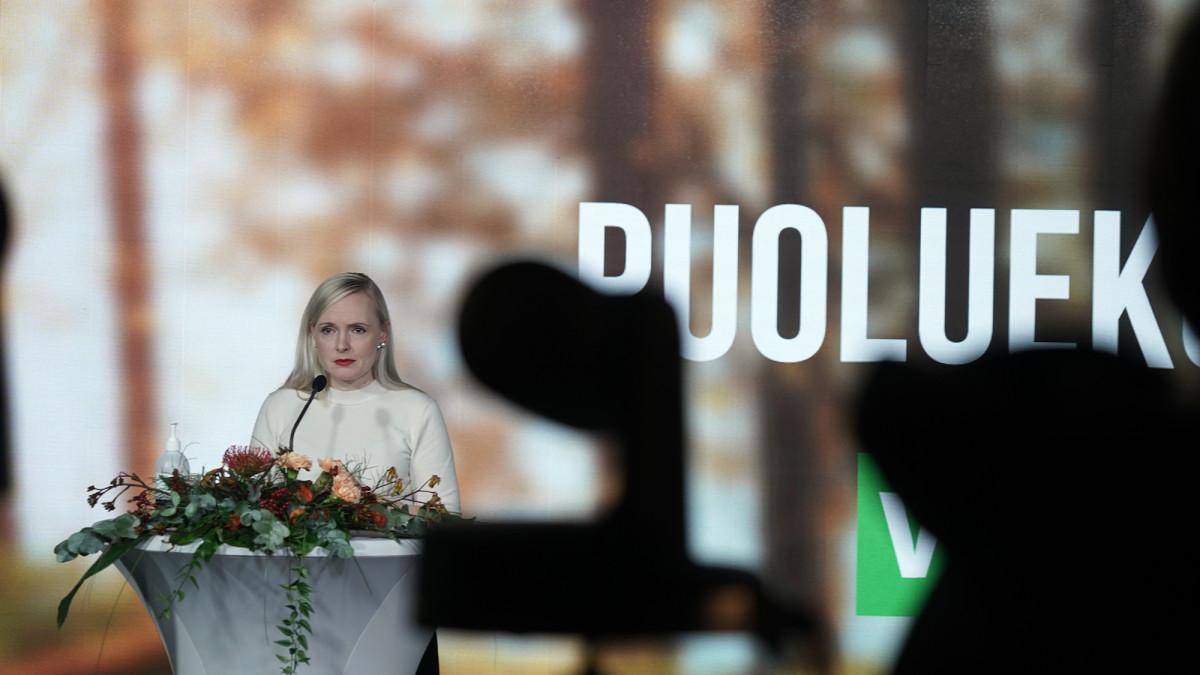 Maria Ohisalo puhuu vihreiden etänä järjestettävässä puoluekokouksessa Helsingissä.
