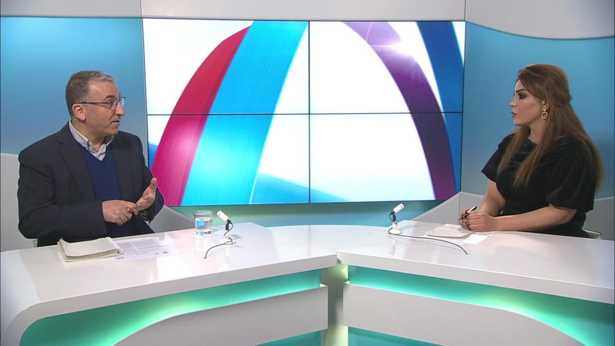 Sarah Peltonen haastattelee Majid Hakkia