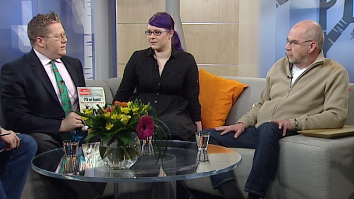 Jan Erola, Maria Petterson ja Kalle Isokallio YLE:n Aamu-tv:n Jälkiviisaissa.