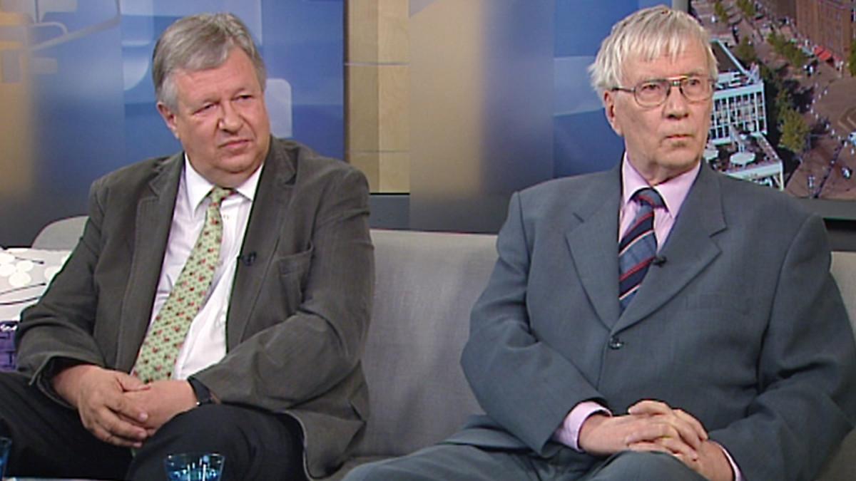 Aamu-tv:n vieraana olivat sijoitusalan konkarit, pörssisäätiön hallituksen jäsen, professori Jarmo Leppiniemi sekä sijoittajana ja kolumnistina vuosikymmenten ajan tunnettu Erkki Sinkko.