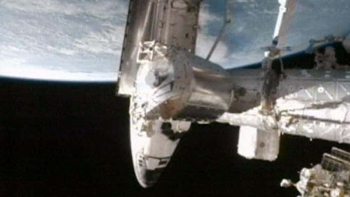 Avaruussukkula Atlantis telakoituu ISS-avaruusasemalle sunnuntaina.