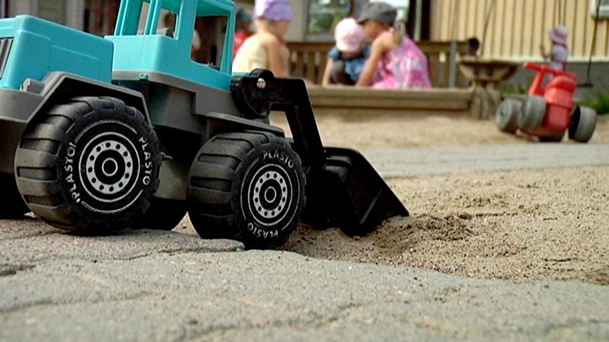 Kiusaaminen voi alkaa jo hiekkalaatikolla.