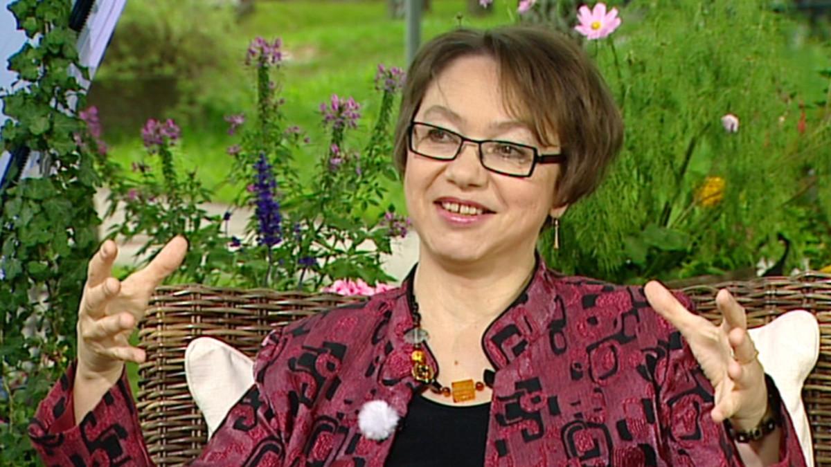 Fysiikan professori Paula Eerola.
