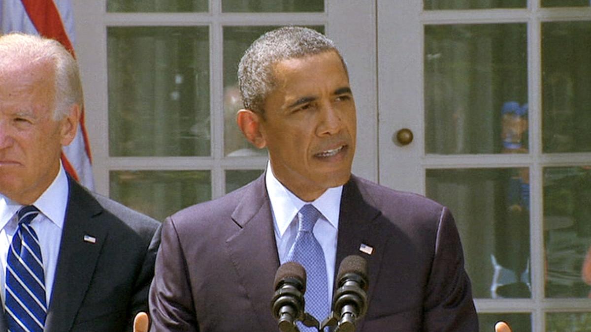 Yhdysvaltain presidentti Barack Obama puhuu Syyrian tilanteesta Valkosen talon pihalla.