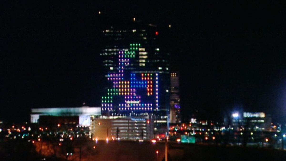 Tetris pilvenpiirtäjässä.