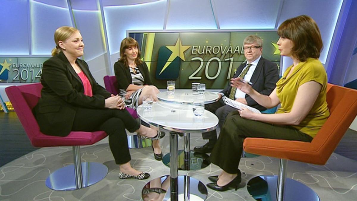 Aamu-tv:ssa Taru Tujunen Kokoomuksesta, Riikka Slunga-Poutsalo Perussuomalaisista sekä Timo Laaninen Keskustasta.
