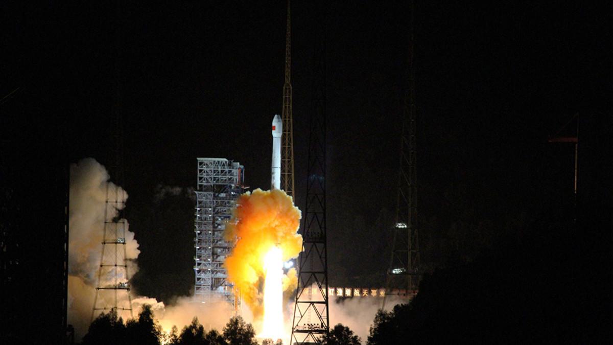 Luotain laukaistiin Xichanin avaruuskeskuksesta Sichuanista.