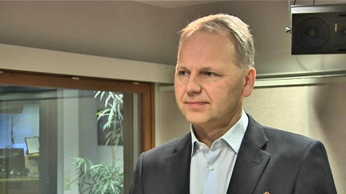 Kansanedustaja Jari Leppä (kesk.)