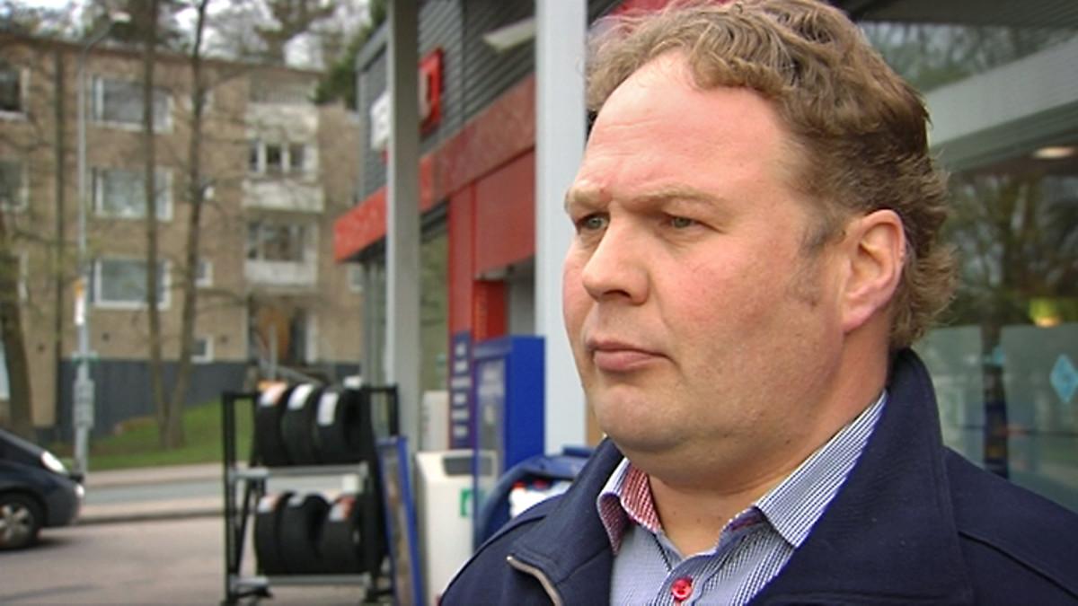 Huoltoasemayrittäjä Mika Hämäläinen Helsingistä.