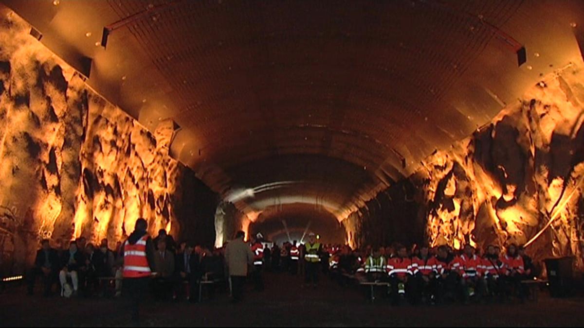 Juhlavalaistus Rantatunnelin pohjantervajaisissa