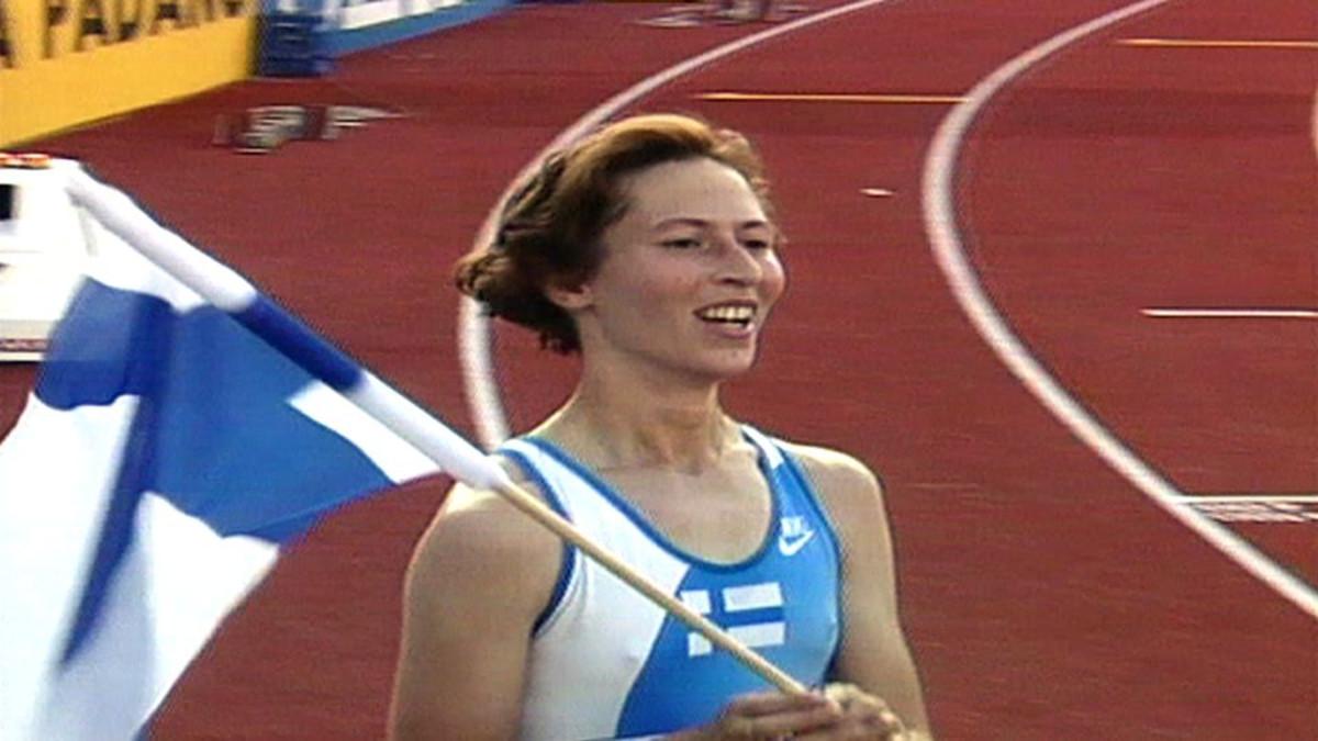 sari essayah Deutsch: sari essayah ( 21 februar 1967 in haukivuori) ist eine ehemalige finnische leichtathletin und nun als politikerin für die christdemokraten aktiv.