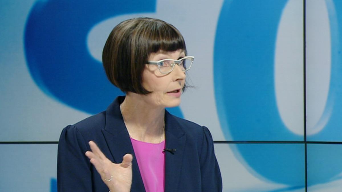 Sosiaali- ja terveystoimittaja Tiina Merikanto.