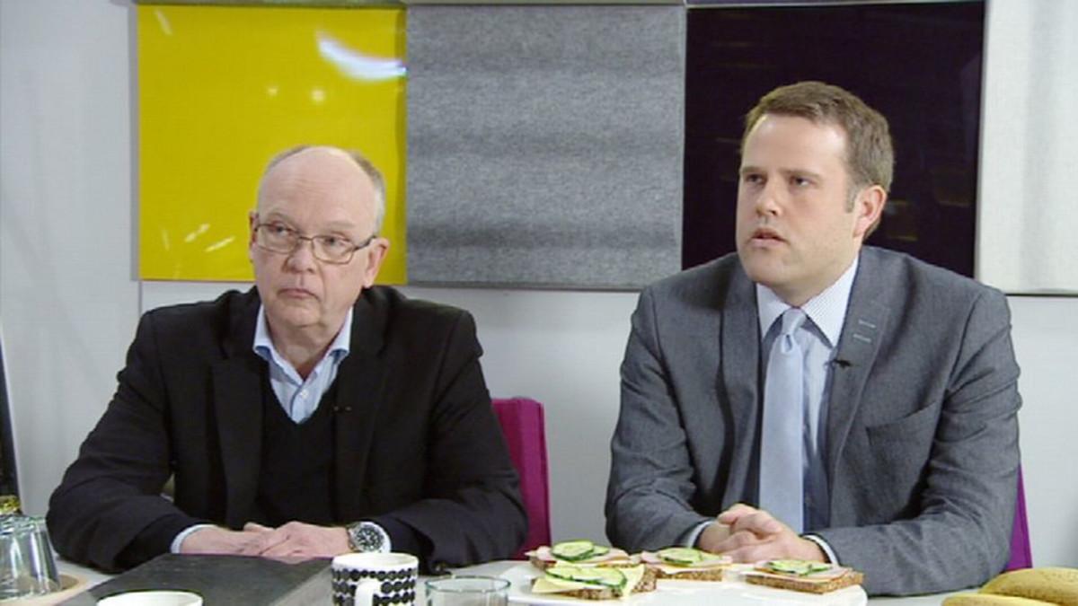 VTT:n tutkimusprofessori Nils-Olof Nylund ja Tekniikan maailman toimittaja Jussa Nieminen.