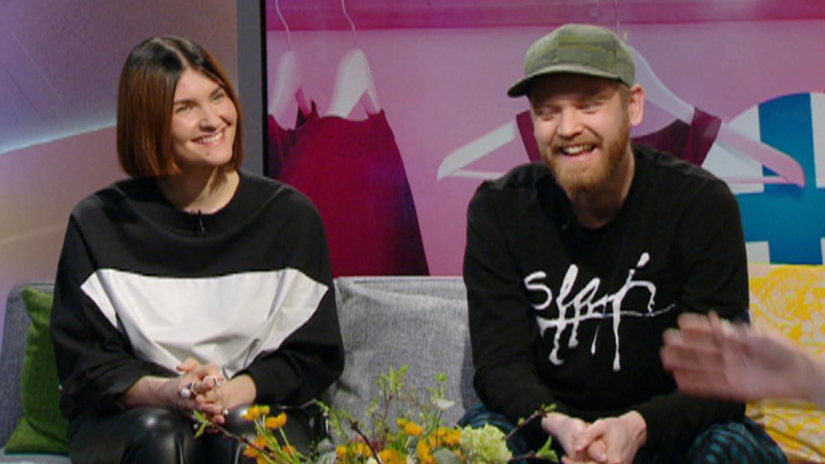 Aamu-tv:ssä suomalaisen muodin menestyksestä keskustelivat suunnittelijat Irene Kostas ja Rolf Ekroth.