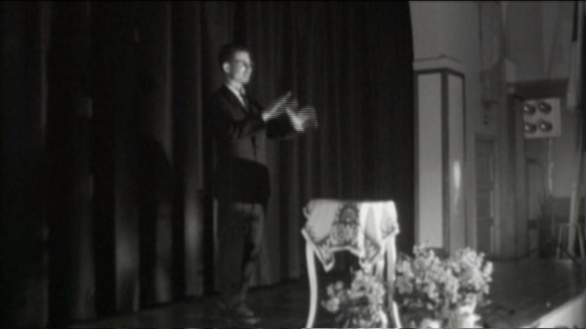 Esko Sänkiniemi mustavalkokuvassa vuonna 1958.