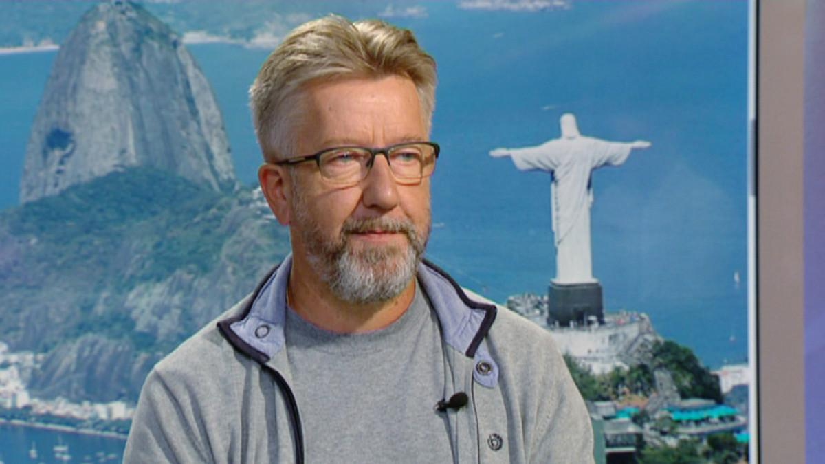 Urheiluampuja Juha Hirvi.