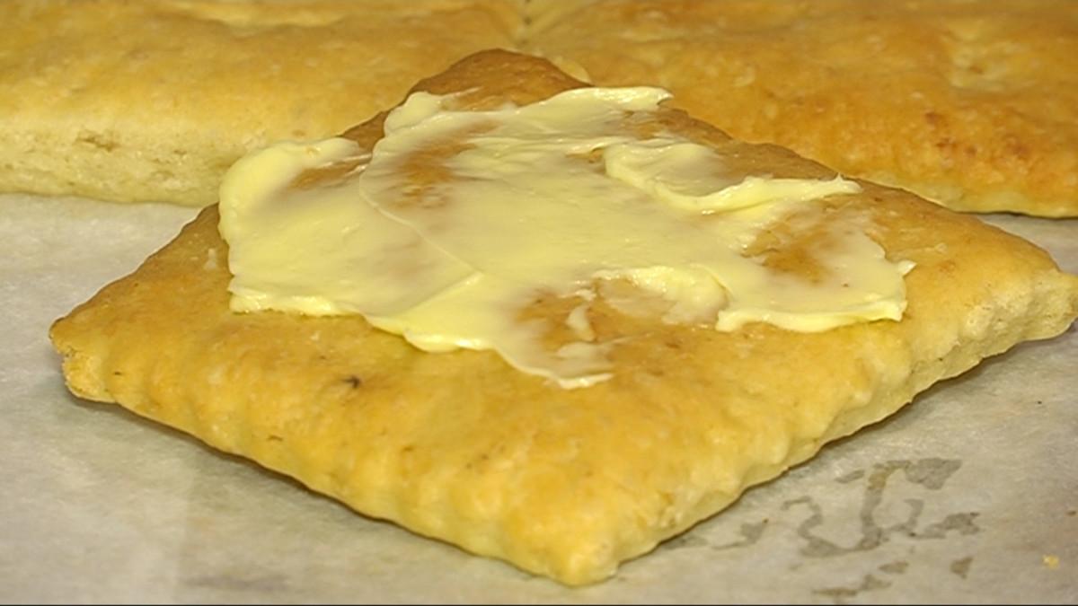 Hollolan perinneleipä on pehmeä näkkileipä