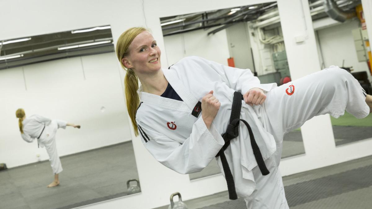 Taekwondoharjoittelu on antanut Tanja Temoselle tasapainoa, liikkuvuutta ja kehon hallintaa.