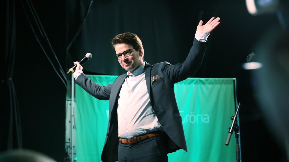 Vihreiden puheenjohtaja Ville Niinistö puolueen vaalivalvojaisissa Tavastialla 9. huhtikuuta.