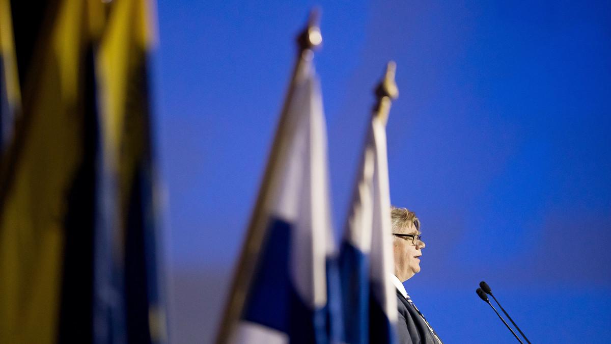 Timo Soini piti jäähyväispuheen Jyväskylän puoluekokouksessa lauantaina.