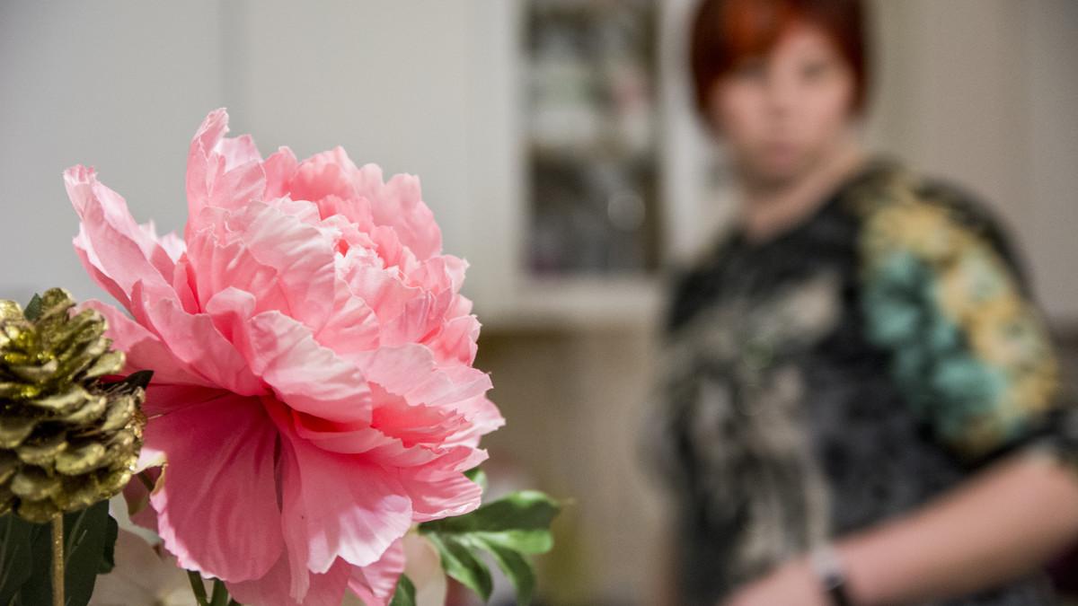 Kukka ja nainen