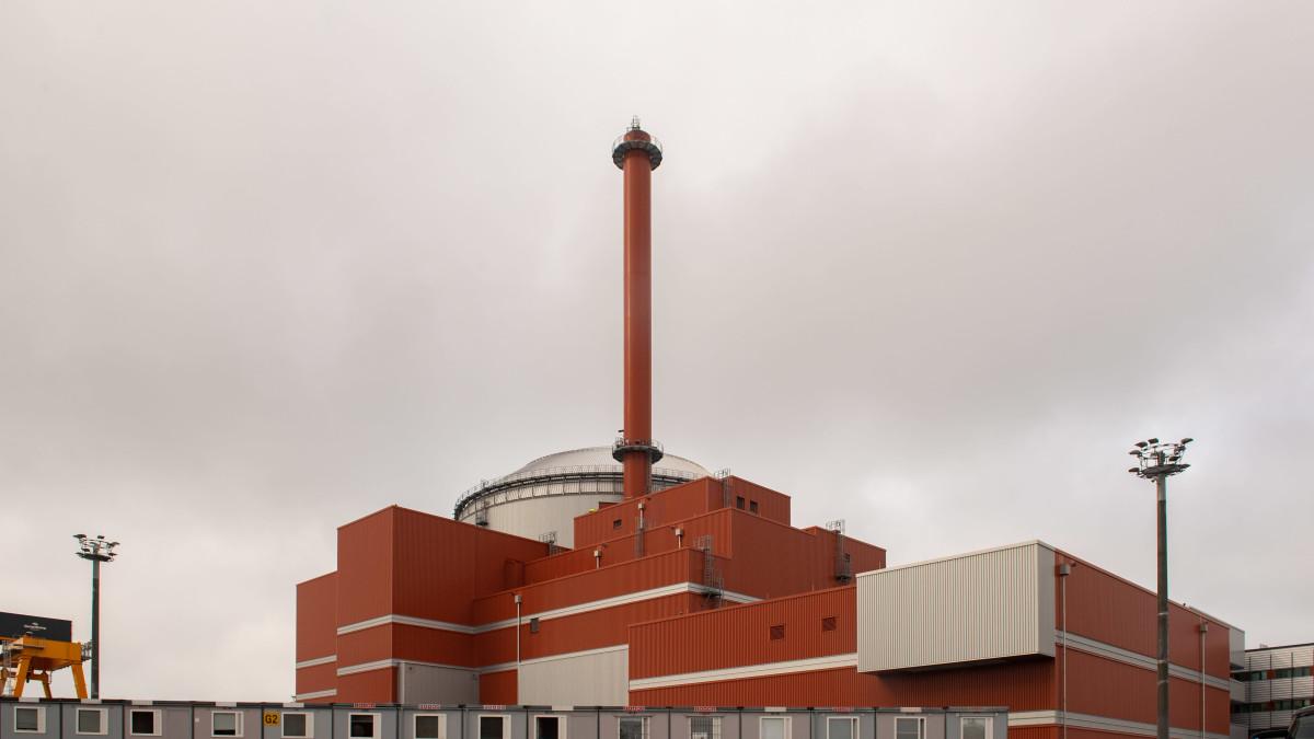 Tiedotustilaisuus Olkiluodon ydinvoimalan säteilyhäiriöstä