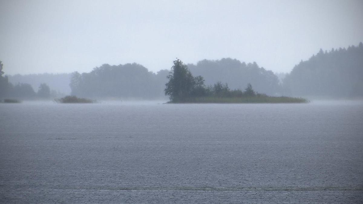 Sateinen Evijärvi