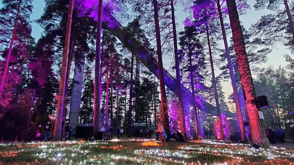 Sibelius-fantasia Hämeenlinnan hyppyrimäellä
