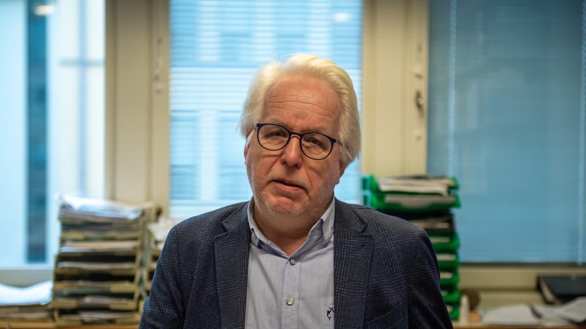 Jukka Kekkonen kommentoi lainvalmistelua