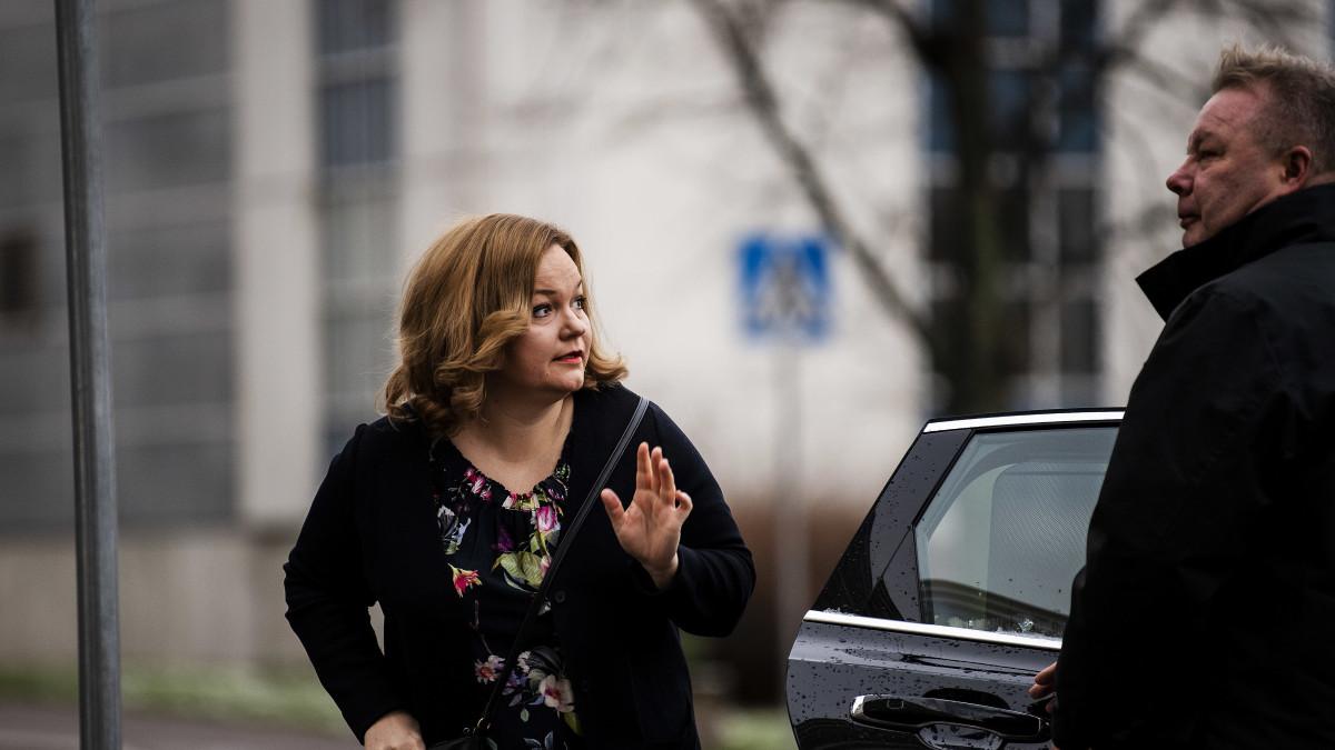 Krista Kiuru vieraili Ylen Ykkösaamussa lauantaina 21. marraskuuta 2020.