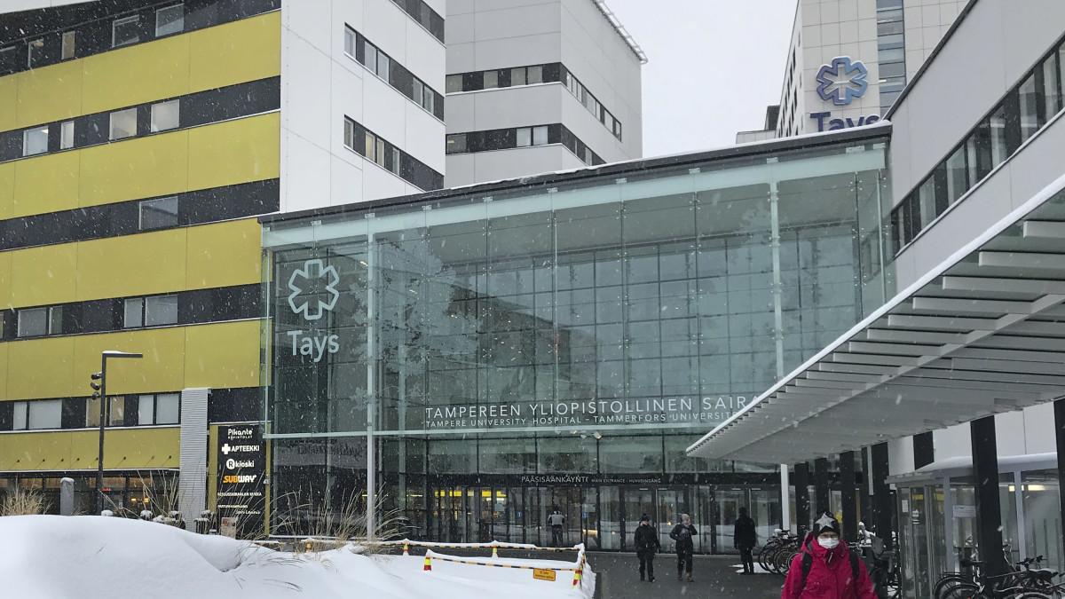 Koronavirus on tartuttanut potilaita TAYSin osastoilla Tampereella