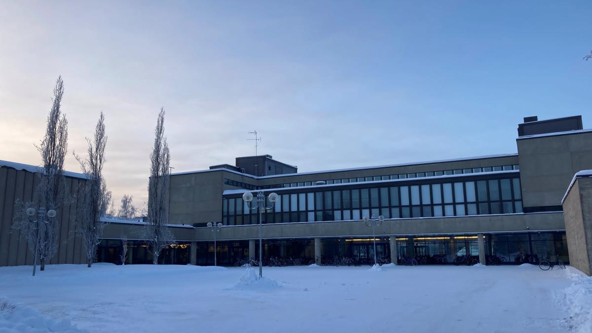 Toinen aste sai palata lähiopetukseen Oulussa – opiskelijat kertovat tunnelmiaan