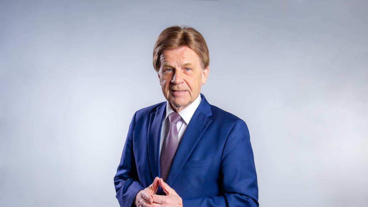 Meppi Mauri Pekkarinen sanoo, että EU:n tapa laskea hiilinieluja ei tuota luonnontieteellistä totuutta nieluista.