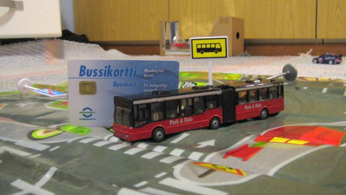 bussikortti ja bussi