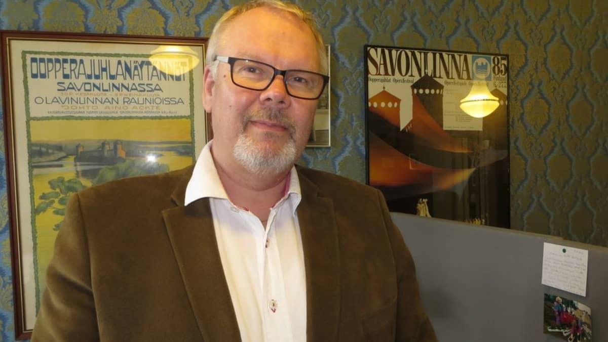 Savonlinnan Opperajuhlien taiteellinen johtaja Jorma Silvasti.