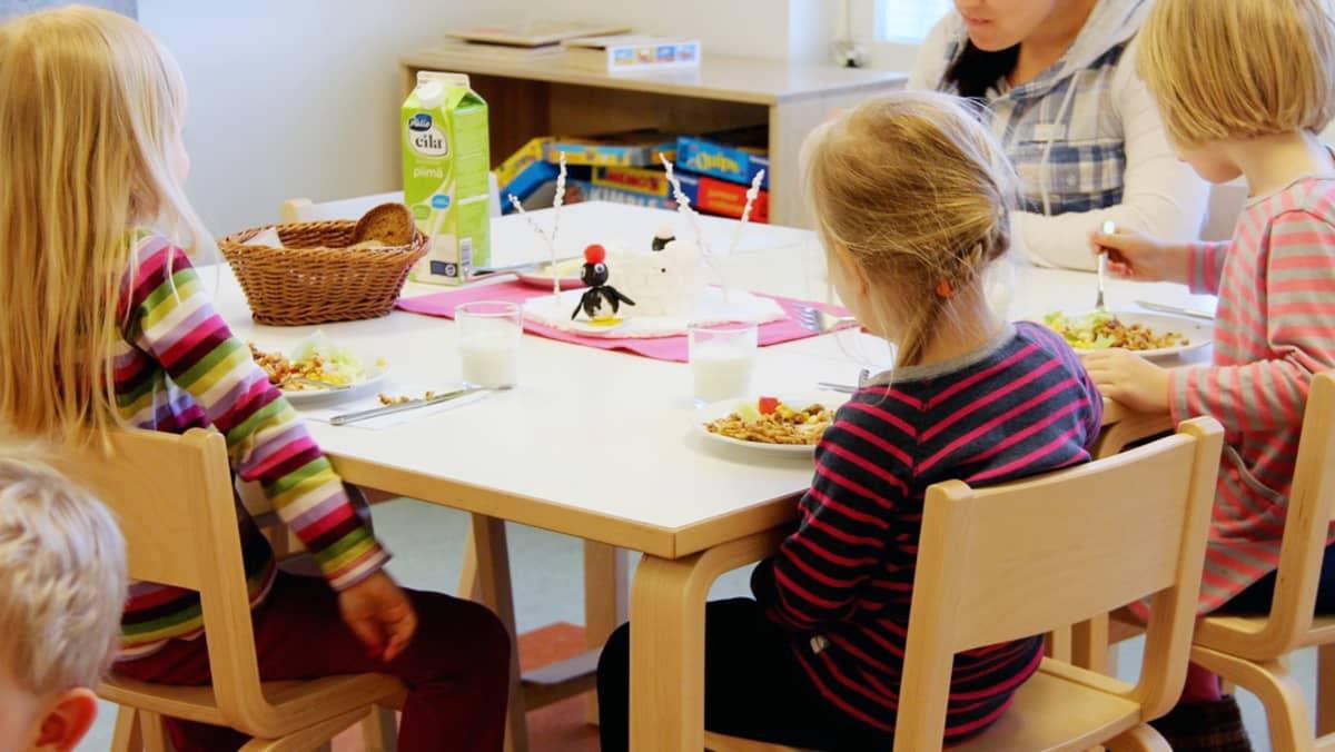 Päiväkodin lounasheti Lappeenrannan Lauritsalassa