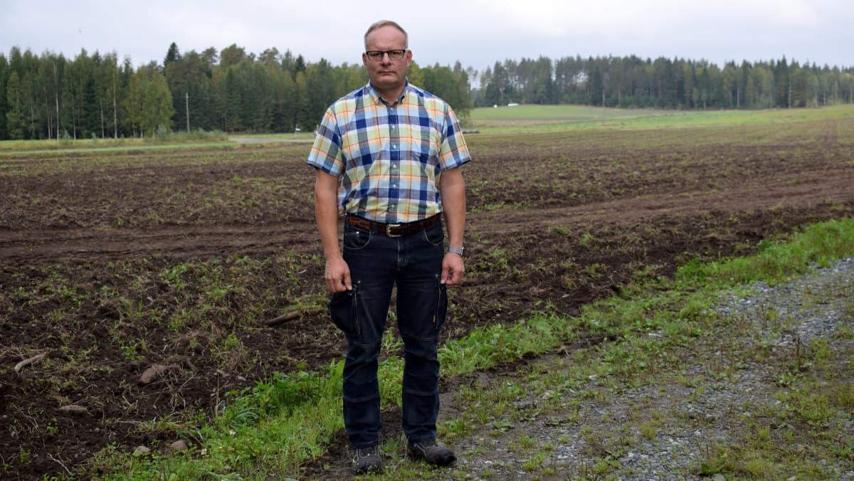 luomuviljelijä Anssi Laamanen