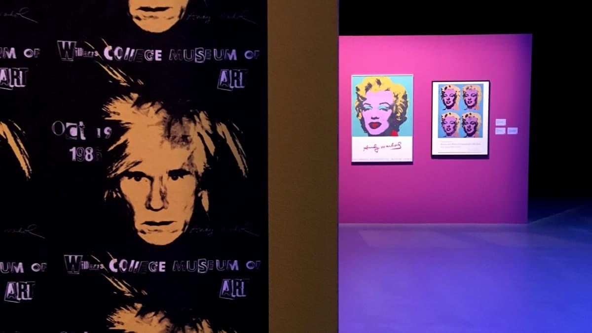 Andy Warholin julisteita