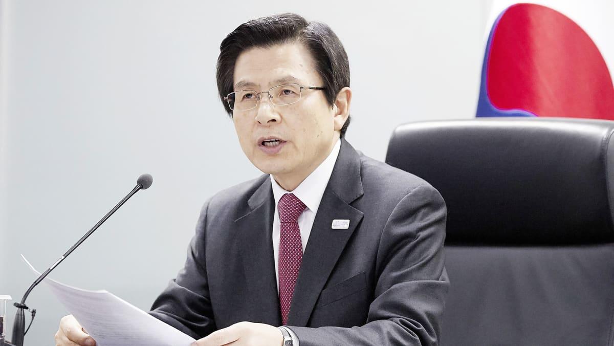 Hwang Kyi-ahn avaa kansallisen turvallisuusneuvoston kokouksen Soulissa.