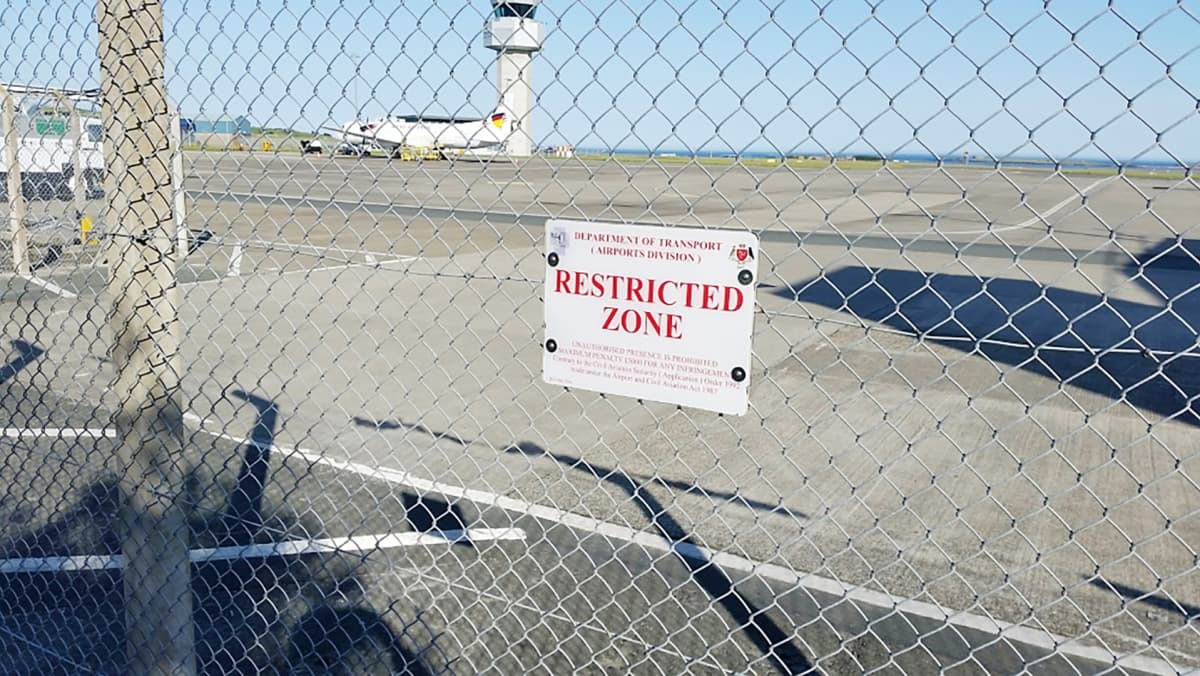 Lentokenttä Mansaarella.