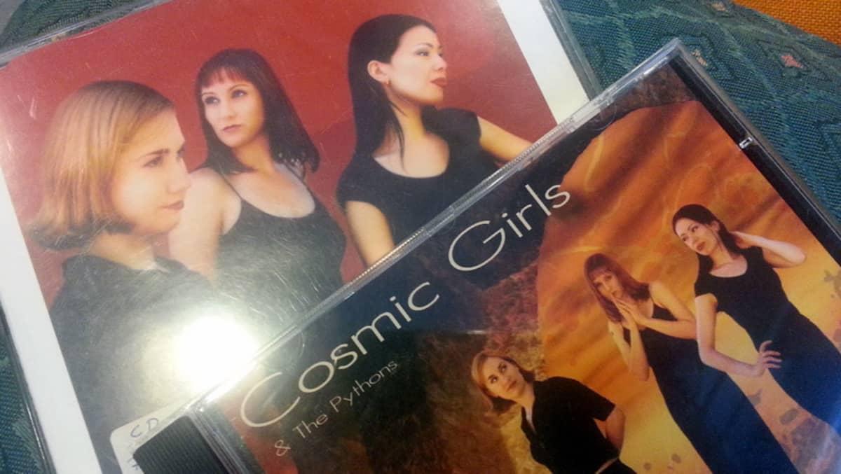 Cosmic Girls -levynkannet.