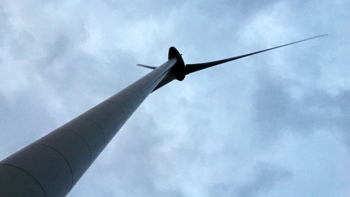 Tuulivoimala.