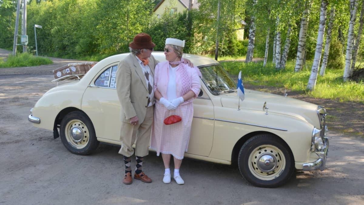 Olavi Summanen, Eija Salokatve ja MG Magnette ZB vuosimallia 1956.