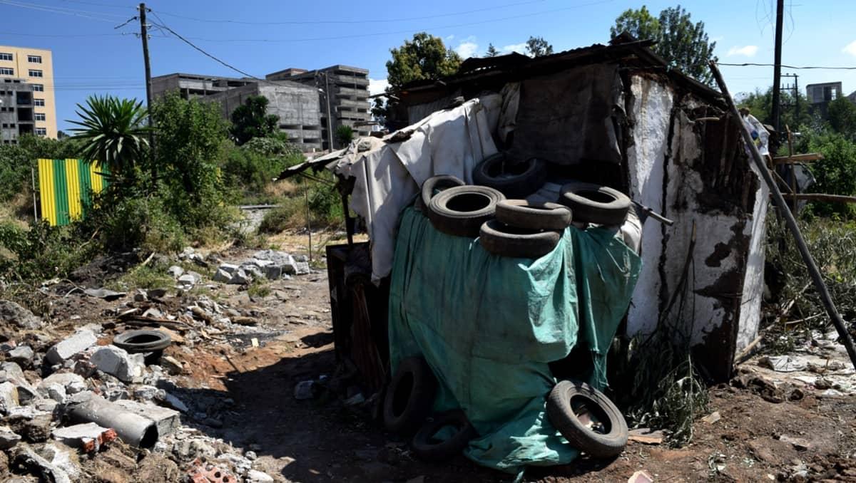 Äärimmäistä köyhyyttä - Asunto Addis Ababassa Etiopiassa