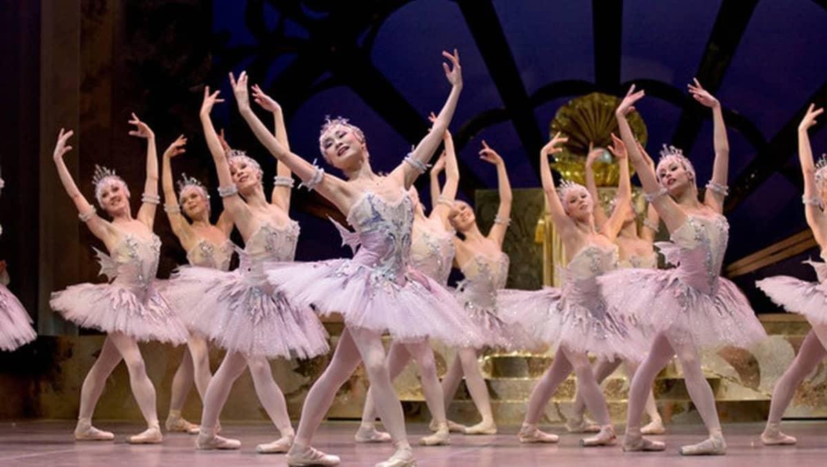 Prinsessa Ruusunen on baletin kestosuosikkeja.