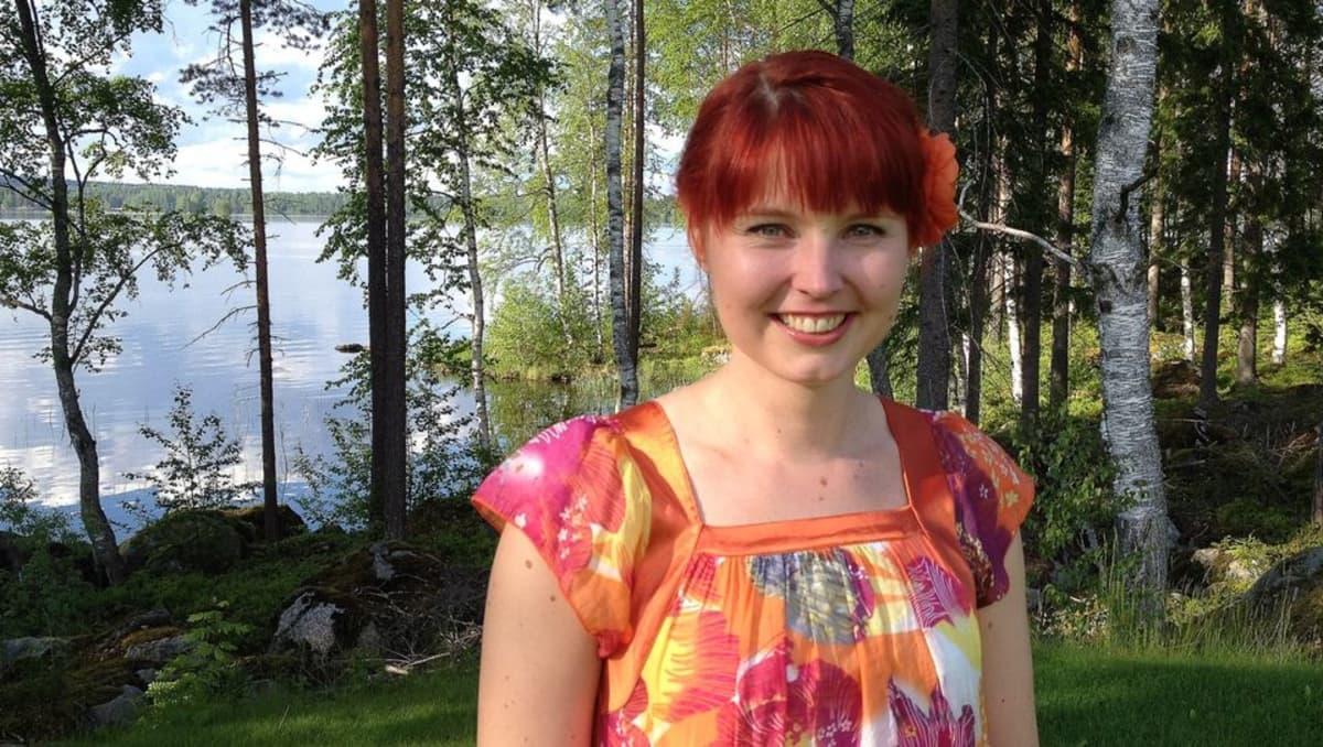 Lastenkirjailija Maria Kuutti.