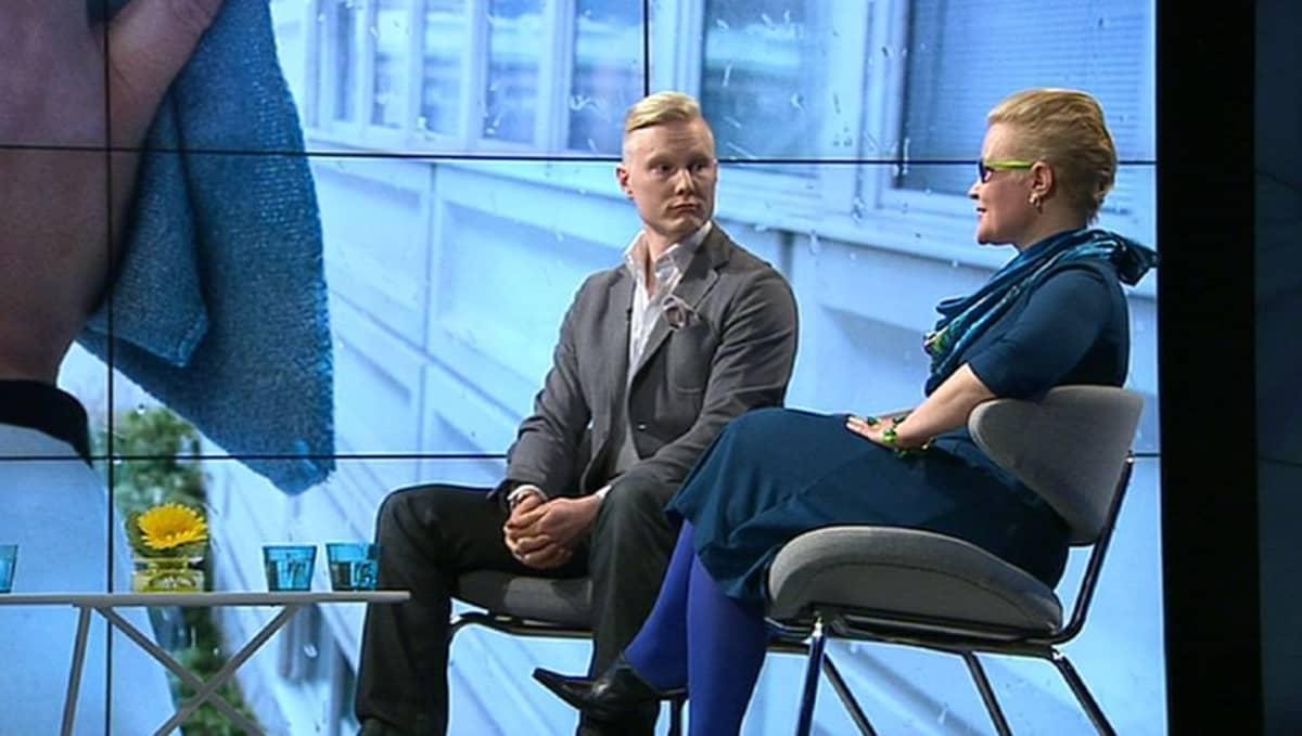 Lassila&Tikanojan rekrytointipäällikkö Visa Myllyntaus ja uravalmentaja Katja Bloigu