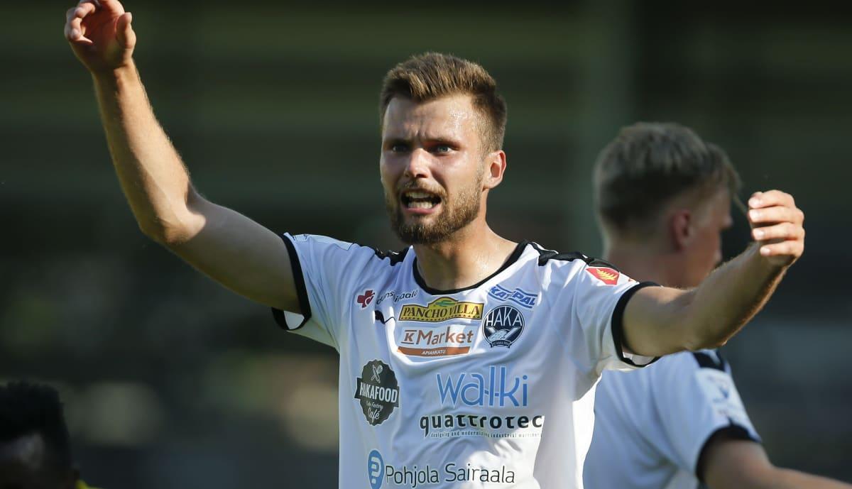 FC Hakan Niklas Friberg kuvassa