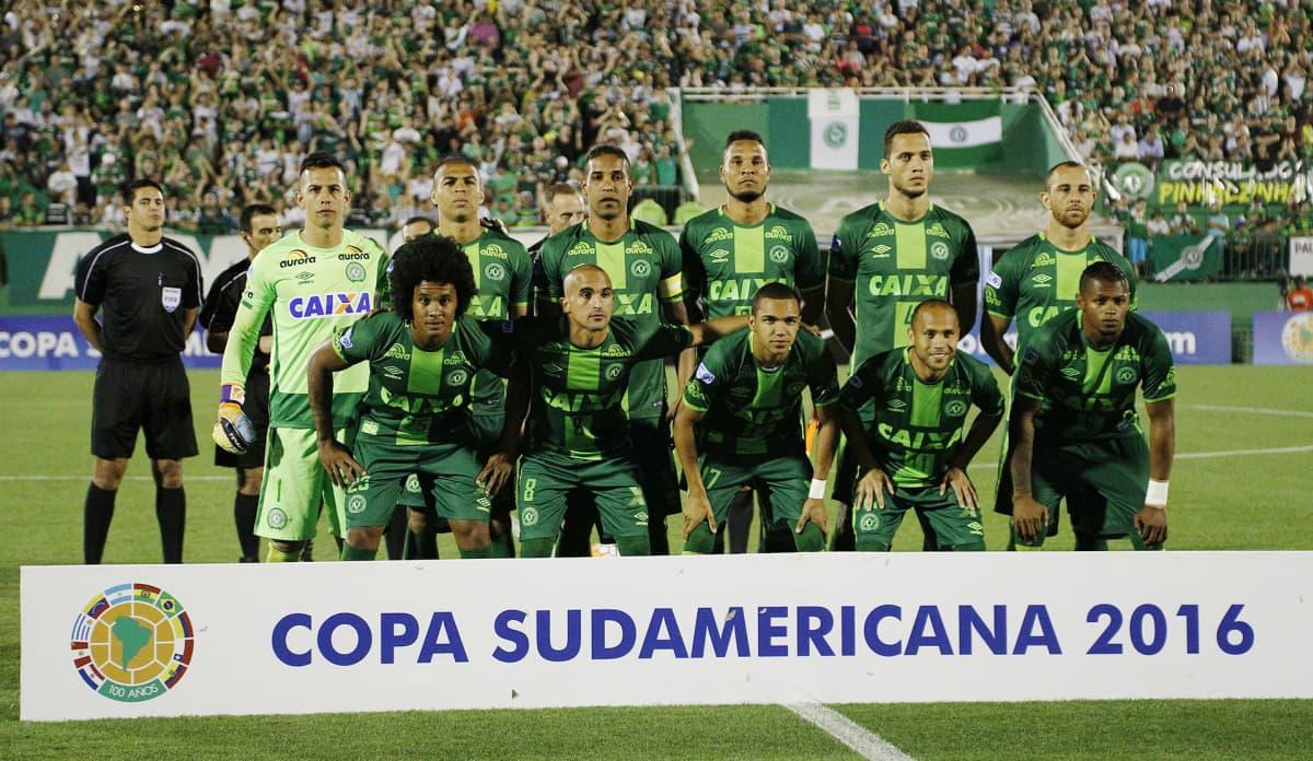 23. marraskuuta otettu valokuva brasilialaisesta Chapecoense-jalkapallojoukkueesta Chapecossa, Brasiliassa.