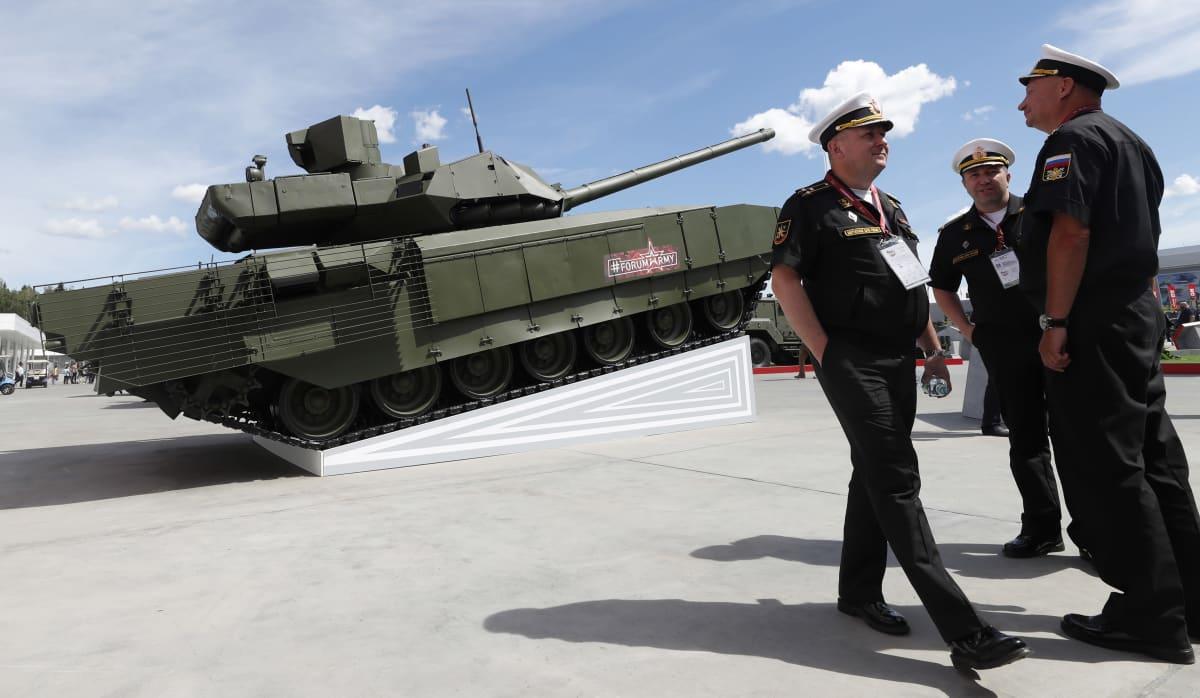 Venäläinen osittain autonominen panssarivaunu T-14 Armata.